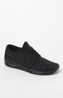Stefan Janoski Max Black Shoes