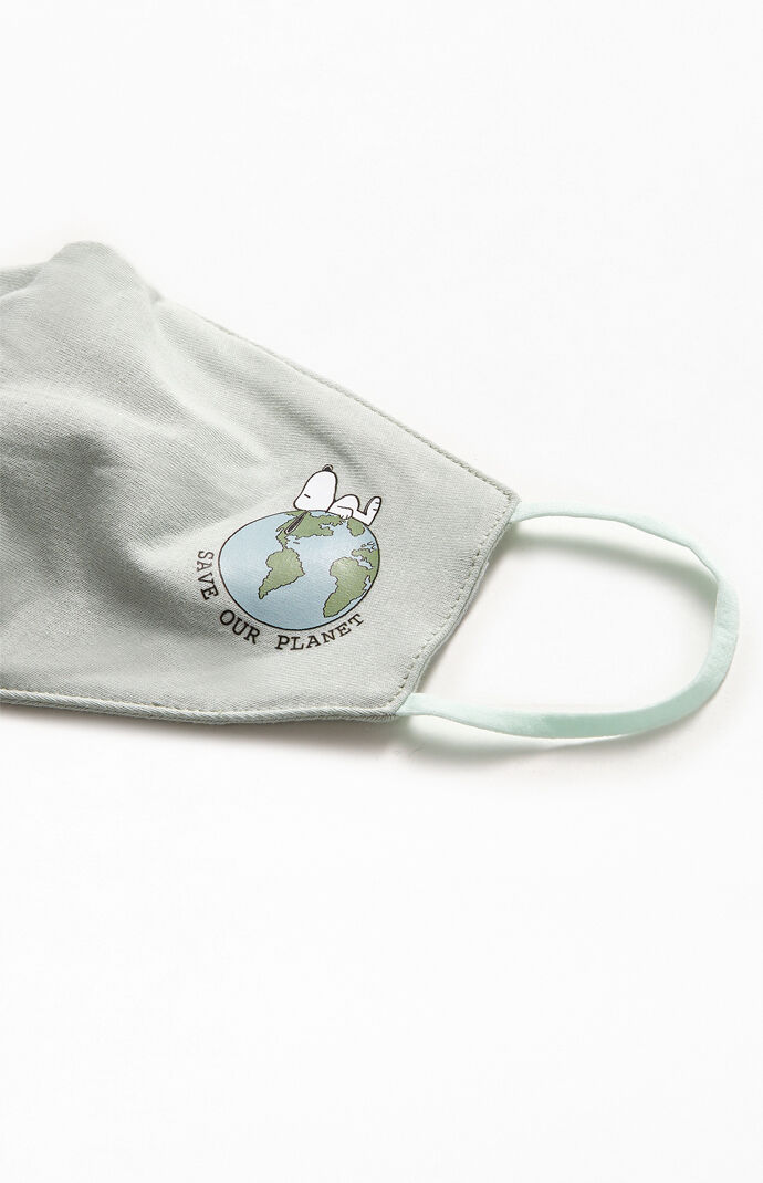 x Snoopy Save Our Planet Organic Mask
