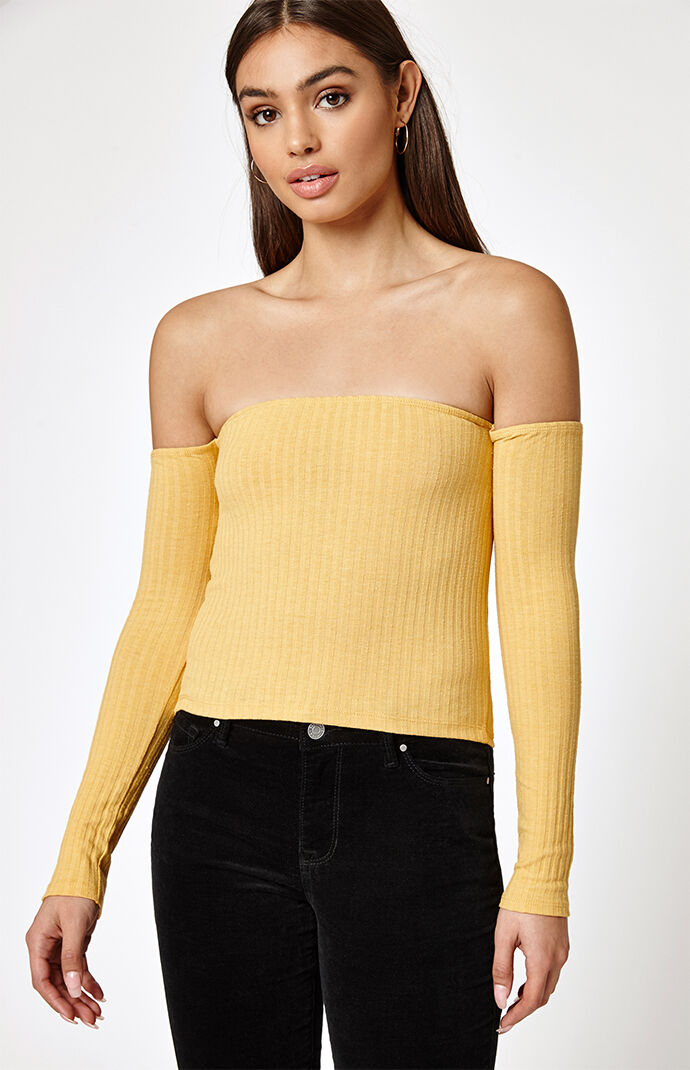Kendall & Kylie Womens Off-The-Shoulder Ribbed Top - Mustard 7434343