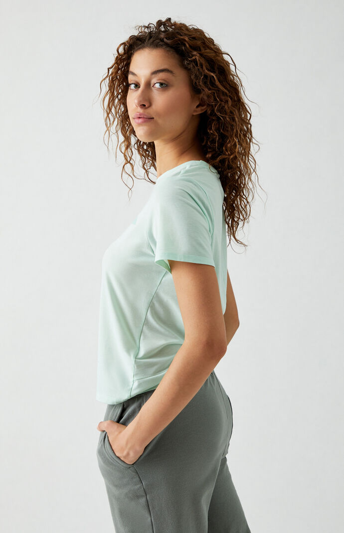 Wander Twist Back T-Shirt