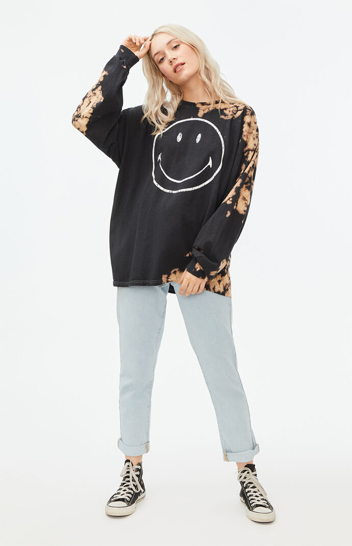 x Smiley Distressed Oversized Long Sleeve T-Shirt