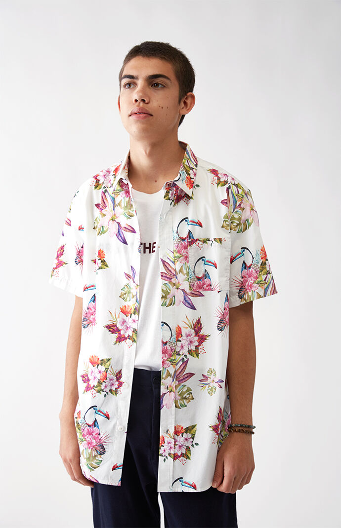PacSun Toucan Floral Short Sleeve Button Up Shirt  7c5fbd6c8