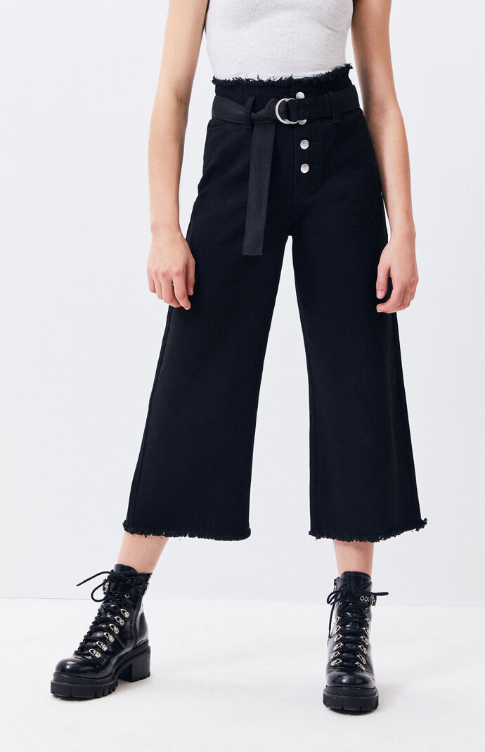 Call Out Belted Culotte Jeans