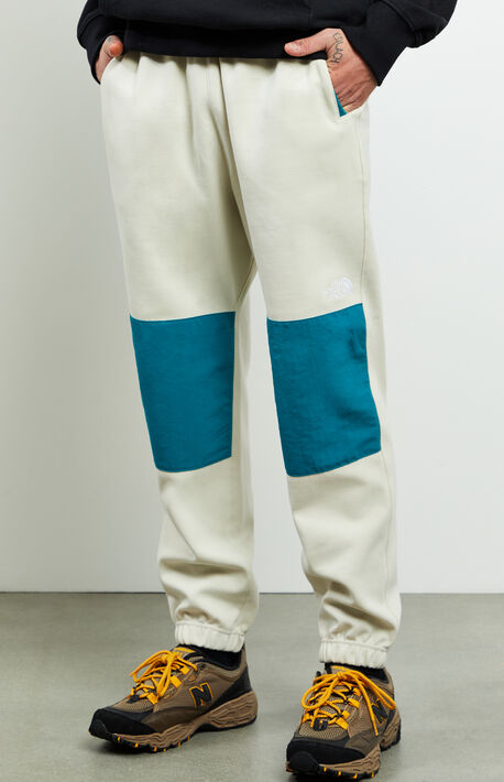 Graphic Fleece Pants