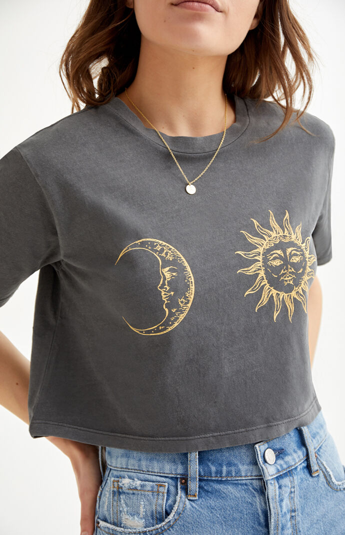 Day And Night Cropped T-Shirt