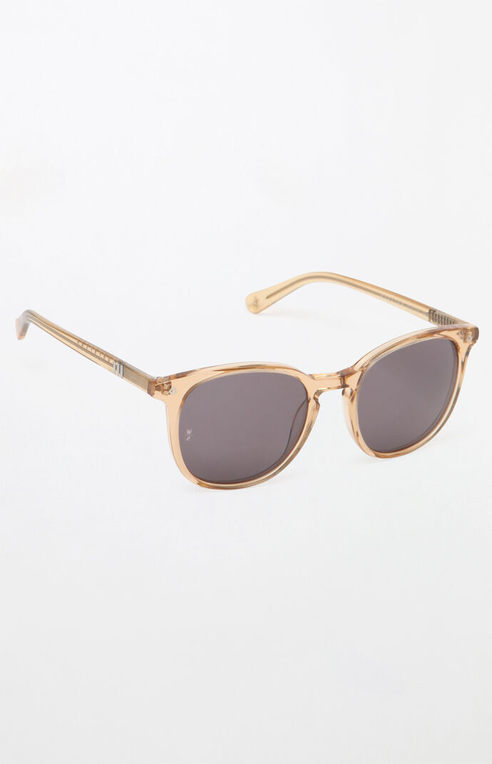 d50f530c716 Wonderland Barstow Gold Clear Sunglasses
