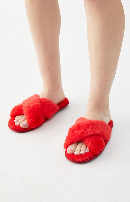 By PacSun Red Fuzzy Slippers