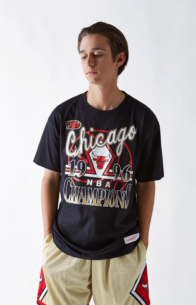 Chicago Bulls T Shirt by Mitchell & Ness