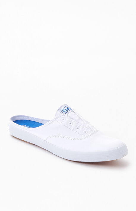 Women's White Moxie Mule Seasonal Solid Sneakers