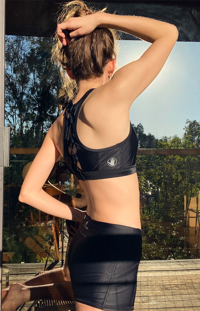 Quake Solid Sports Bra