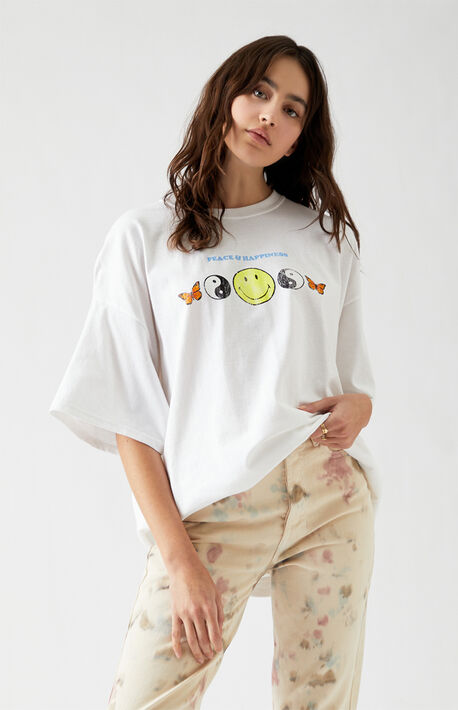 x Desert Dreamer Peace & Happiness T-Shirt