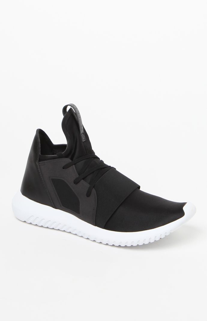 buy popular 87dd0 3a3e9 Women  39 s Black Tubular Defiant Sneakers