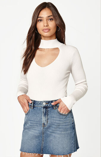 Long Sleeve Bella Choker Top