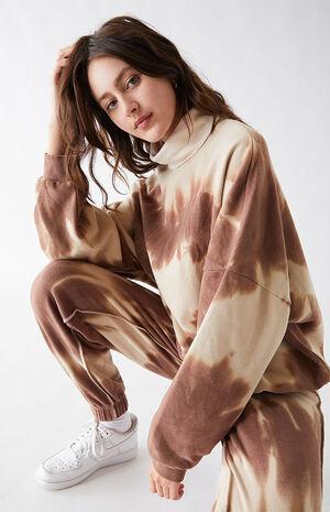 Devin Turtleneck Sweatshirt