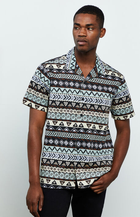 Erraw Button Up Short Sleeve Shirt