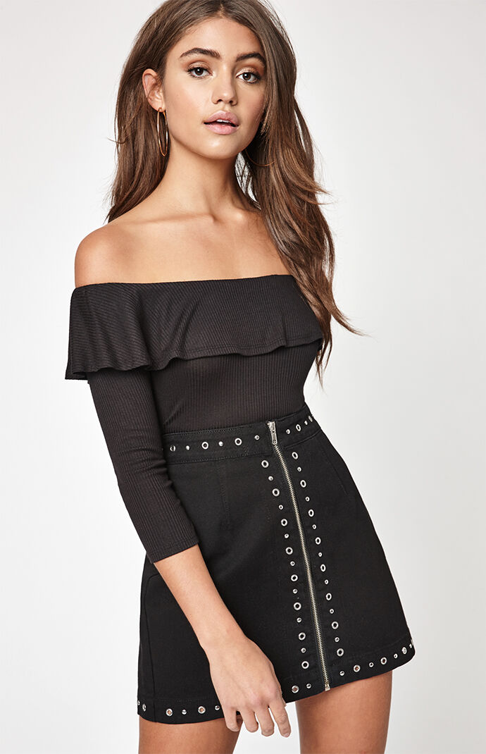 LA Hearts Womens Flounce Off-The-Shoulder Top - Black 7508765