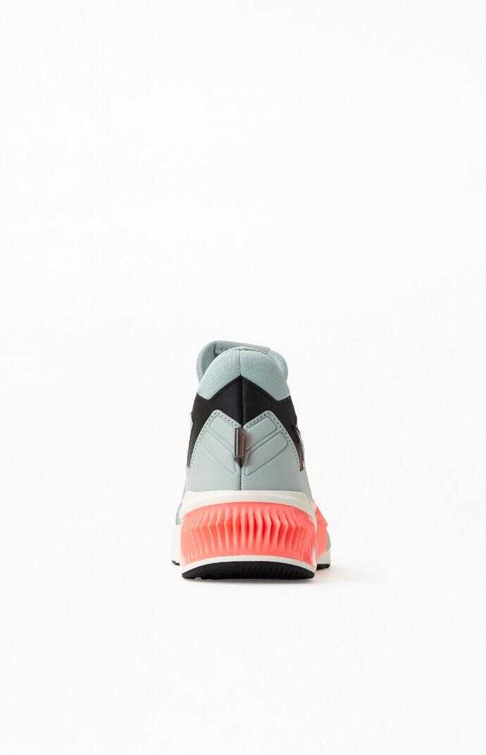 Multi Provoke XT Sneakers