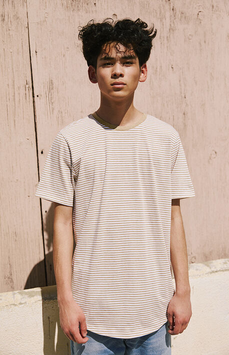 Ezar Striped Scallop T-Shirt
