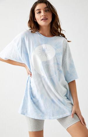 Celestial Yin & Yang Oversized T-Shirt image number null