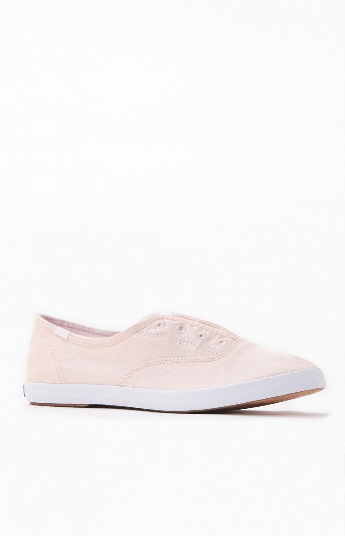 Women's Light Pink Chillax Seasonal Solid Sneakers
