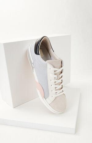 Women's Zina Sneakers image number null
