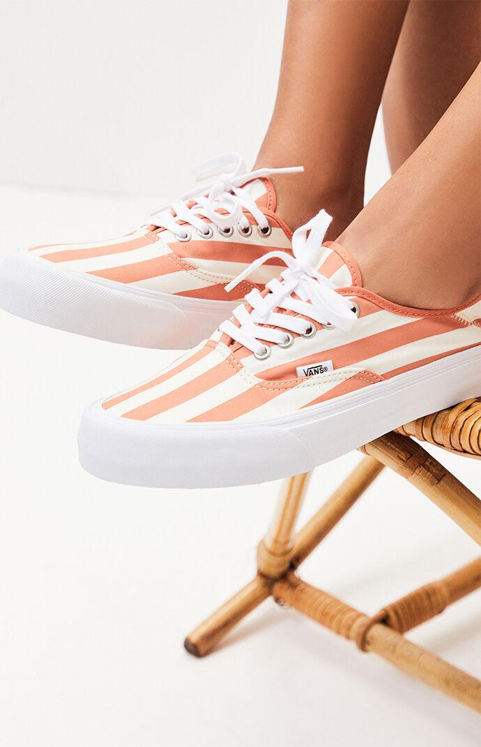 Women's Stripe Authentic Lo Pro Sneakers