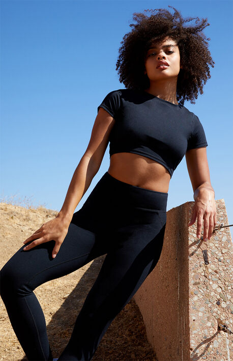 Fitted Active Top