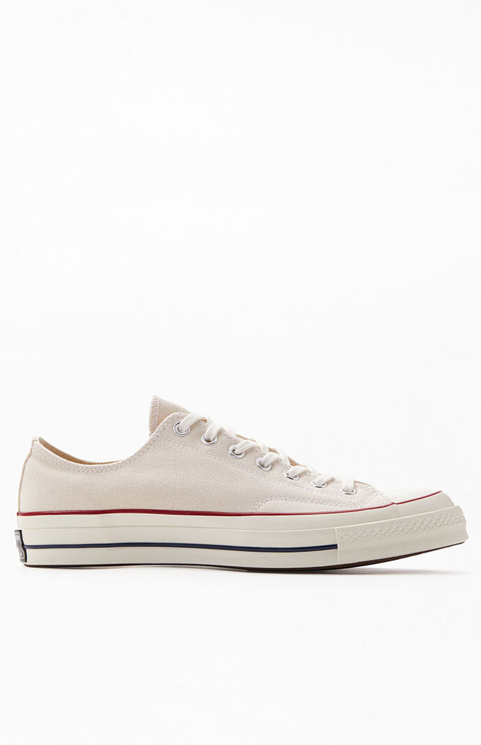 White Chuck 70 Low Shoes