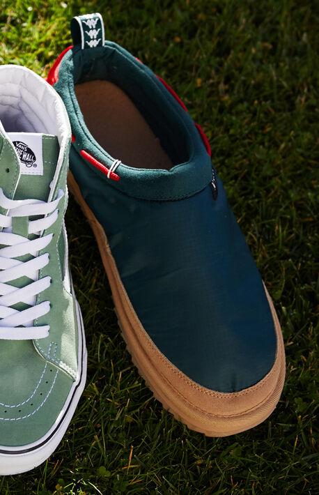 222 Banda Adjustable Slip-On Shoes