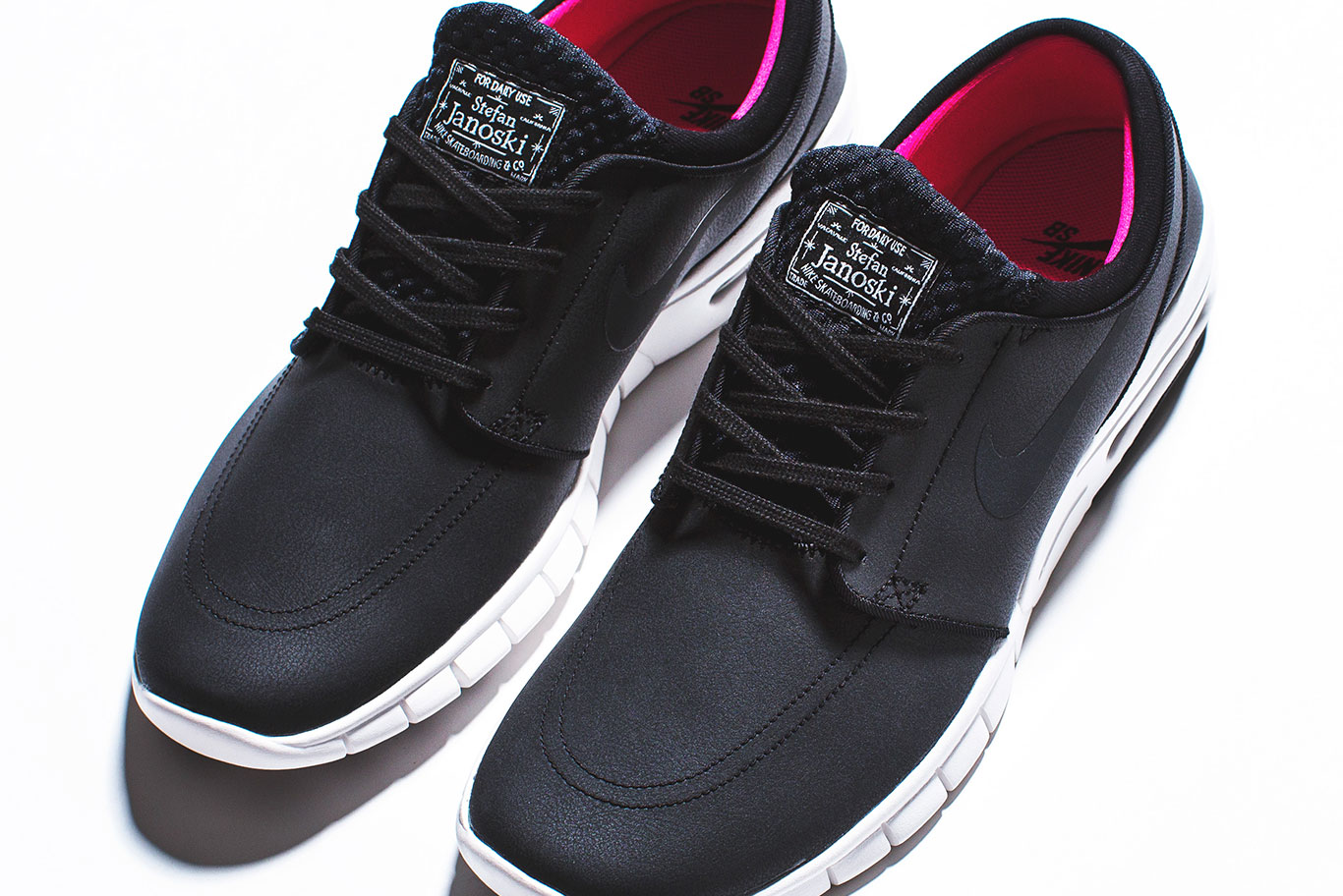 Janoski Max Leather Black/Pink